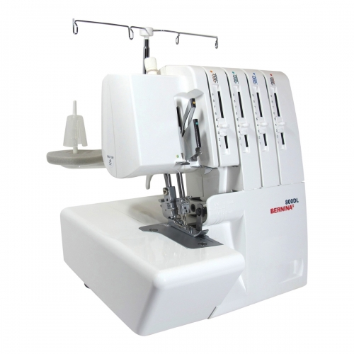 Bernina lock 800DL