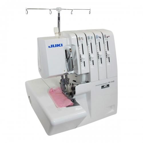 Juki lockmachine MO-104D