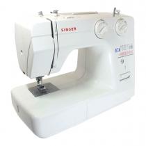 Singer 1120 lichtgewicht naaimachine. Nu met automatische draadinsteker ook geschikt voor dikke stof