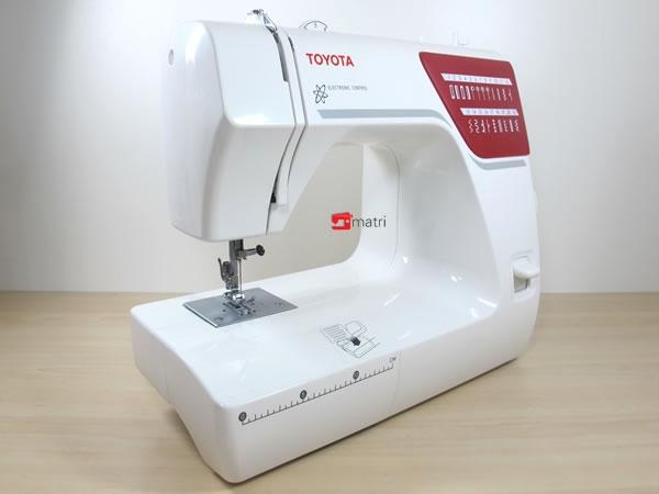 Toyota easy eenvoudige en stevige naaimachine matri for Machine a coudre toyota rs2000